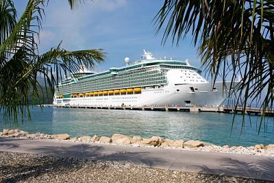 Freedom of the Seas - världens näst största kryssningsfartyg