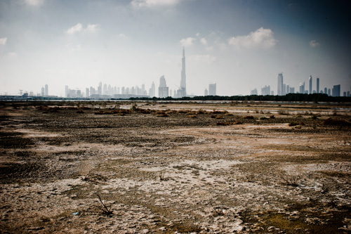 Dubai sett från Ras al Khors våtmarker